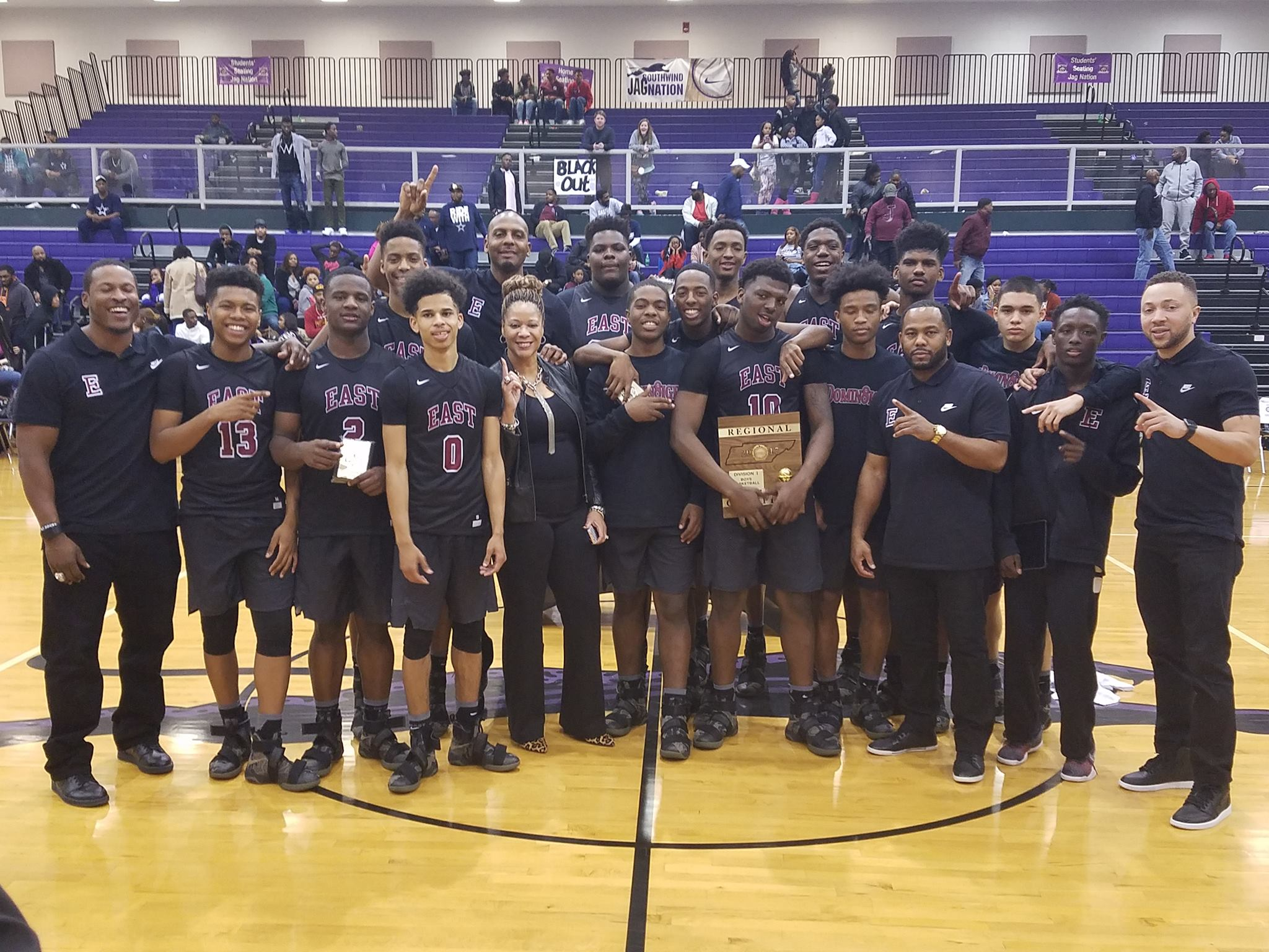 Region 8-AAA Champions. Memphis East High. - Major Prep Sports